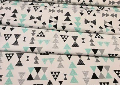 Bawełna premium wzór trójkąty czarno miętowe