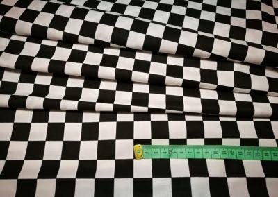 Bawełna wzór biało czarna szachownica 20 mm