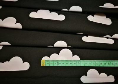 Bawełna wzór białe chmurki