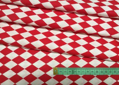 Bawełna  czerwone romby n abiałym