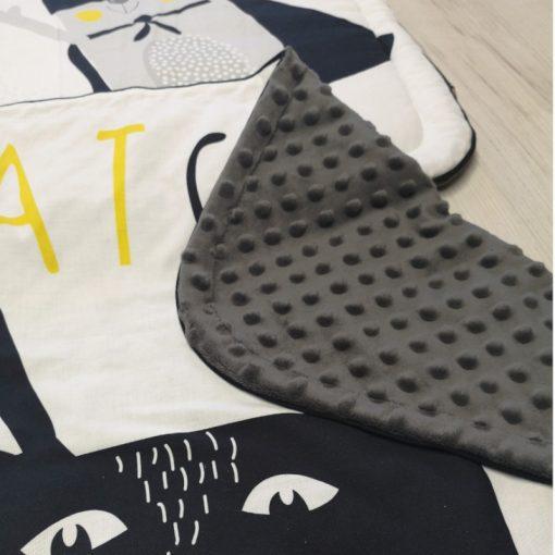 zestaw kontrastowy kocyk + poduszka Bat Cat- grafitowe minky